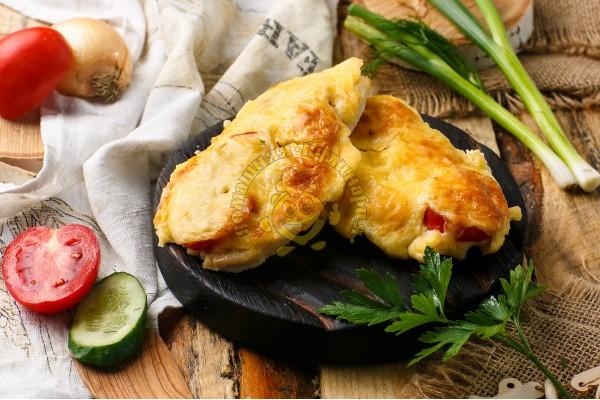 Филе куриное с грибами под сыром