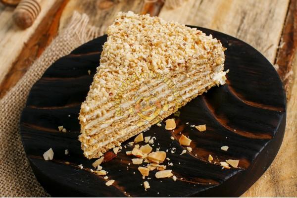 Торт 'Ореховая ветка'